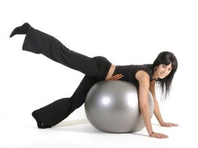 Пилатес на фитболе - верный способ похудеть!
